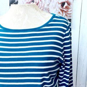 🔥 50%  OFF Blue & white striped tee